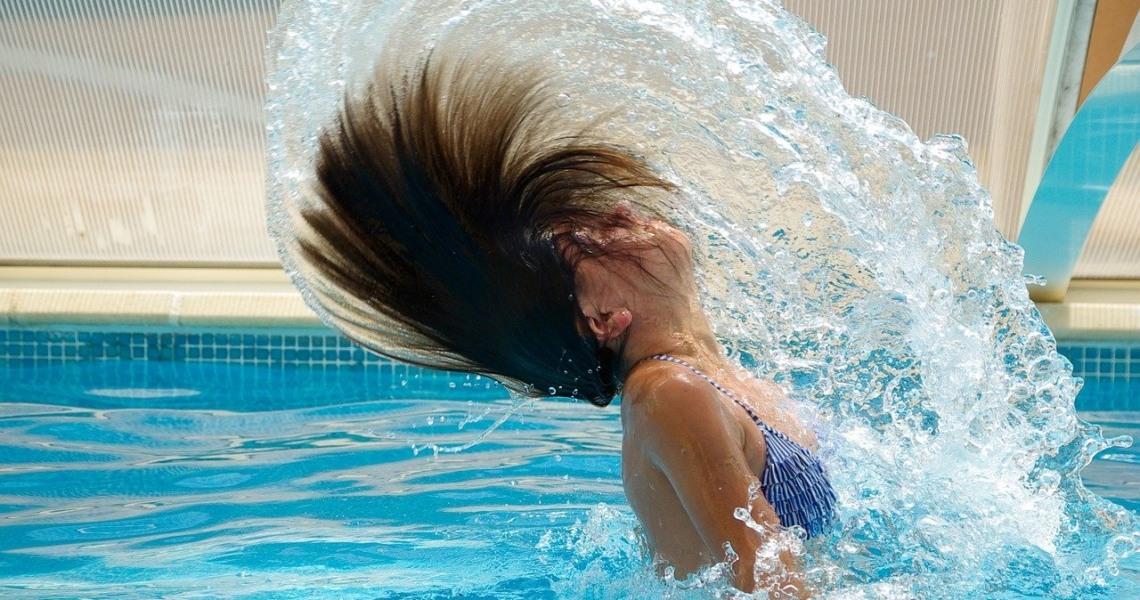 Schwimmen im Freibad